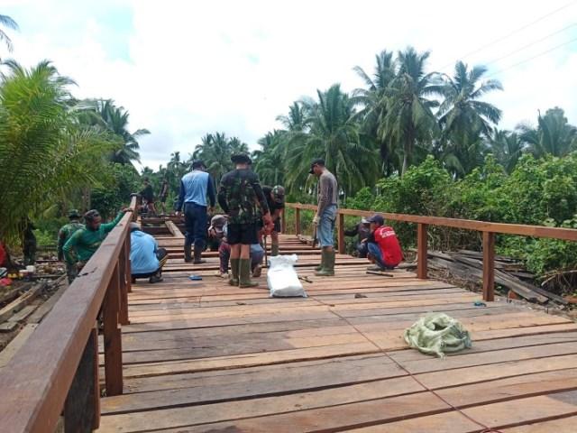 Akhirnya, Mimpi Masyarakat Pulau Hanaut Punya Jembatan Terwujud (78670)