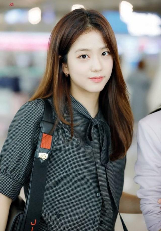 Miyeon dan 3 Visual Girl Group Lainnya yang Tak Kalah Memesona (107351)