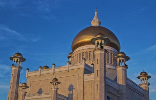 Megahnya Nurul Iman, Rumah Istana Seharga Rp21 Triliun Milik Kesultanan Brunei (69015)