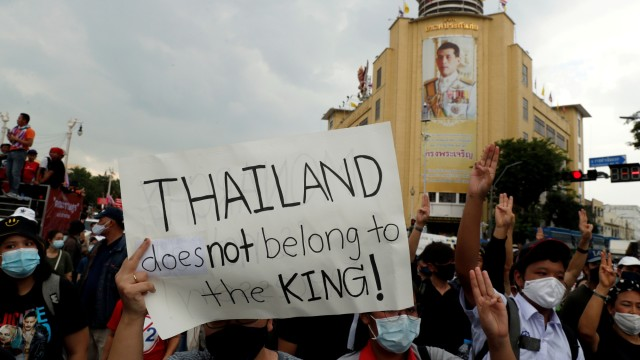 Demonstran Thailand Tetap Protes Raja meski Dilarang, Ini Alasannya (205122)