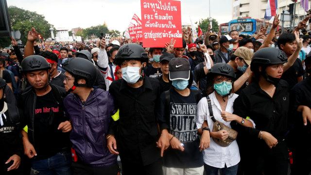 Demonstran Thailand Tetap Protes Raja meski Dilarang, Ini Alasannya (205125)