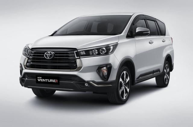 Ini Bocoran Spesifikasi Lengkap Toyota Innova yang Diproduksi Cuma 50 Unit! (496891)