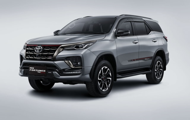 Berita Populer: Skema Cicilan Toyota Fortuner Baru, Body Kit Asal Indonesia (240171)