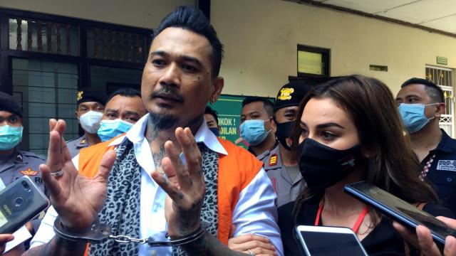 Saksi Ahli Pidana: Postingan Jerinx soal 'IDI Kacung WHO' Mengandung SARA  (87376)