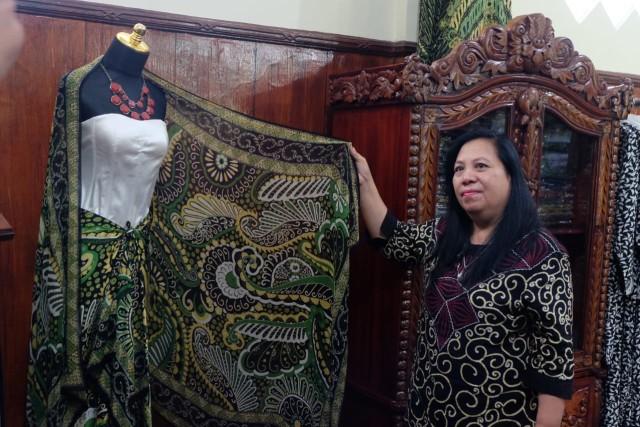 Antik Subagyo, Pioner Batik Druju di Kabupaten Malang (29064)