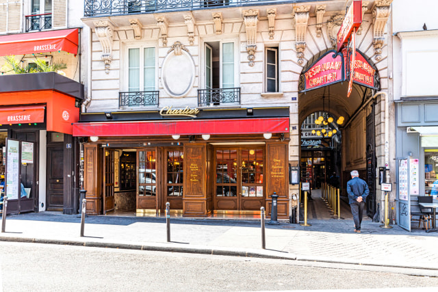 Mau Makan Escargot yang Enak dan Murah di Kota Paris? (21112)