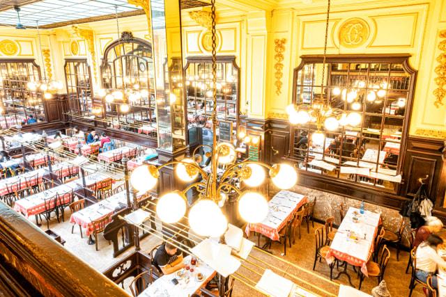 Mau Makan Escargot yang Enak dan Murah di Kota Paris? (21115)