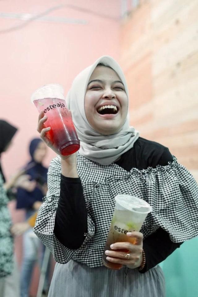 Esteaja, Minuman Kekinian Pelepas Dahaga (23540)