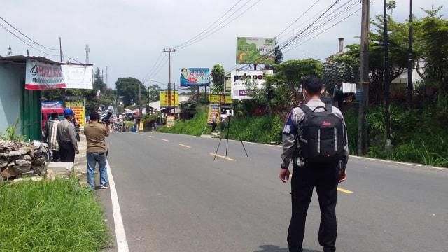 Kecelakaan Beruntun Truk Tabrak Motor di Puncak, 5 Orang Tewas (223992)