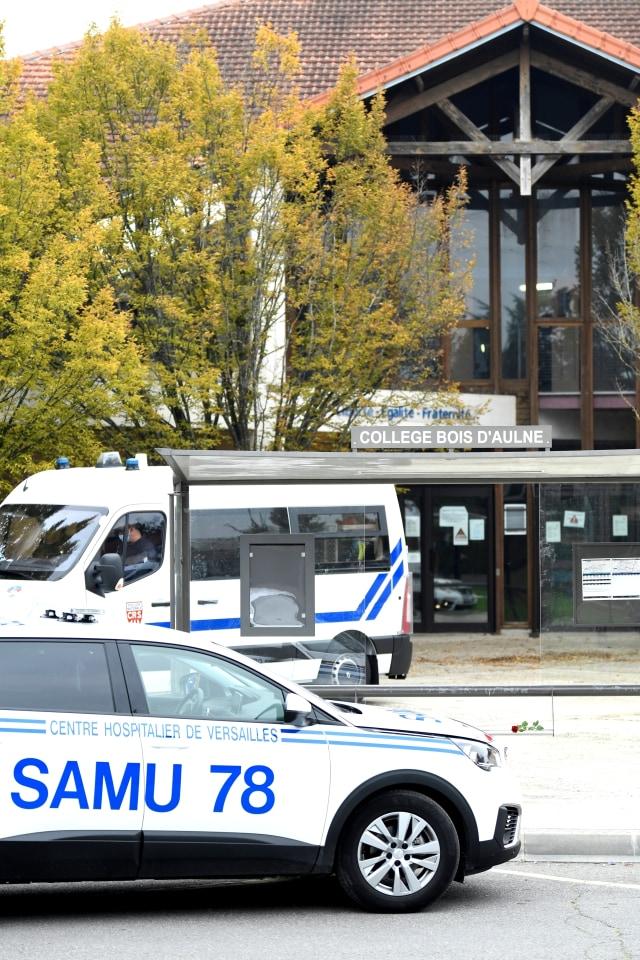Geger Pemenggalan Guru di Prancis: 9 Orang Ditangkap hingga Pelaku Teriak Takbir (121825)