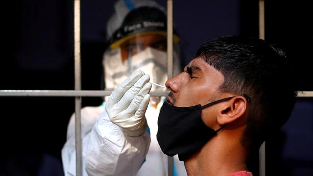 Kenapa Pria Lebih Rentan Terinfeksi Virus Corona? (16441)