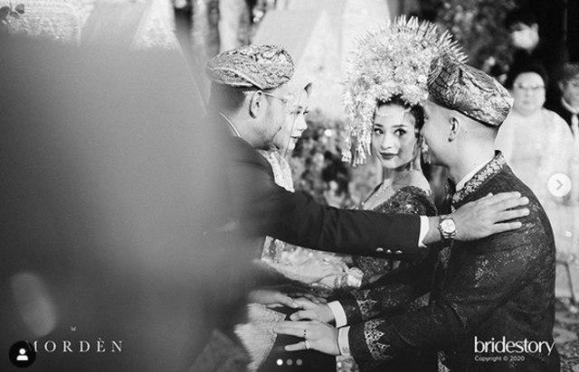 7 Potret Meriahnya Pernikahan Nikita Willy dengan Indra Priawan (50)