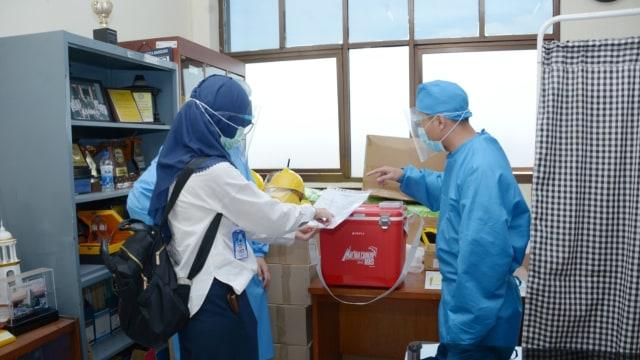 Kemenkes soal Vaksin Corona RI: Rentang Usia hingga 9,1 Juta Orang Disuntik 2020 (72195)