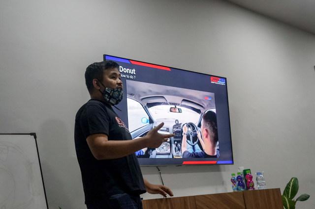 Pengalaman Kami Belajar Drifting di Sekolah Drift Akbar Rais (2232)