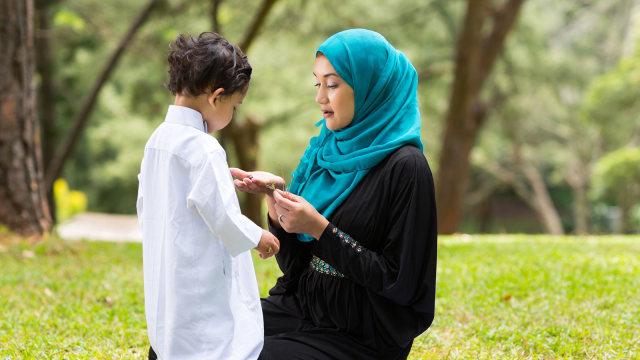 Doa Agar Anak Disiplin dalam Salat (63896)