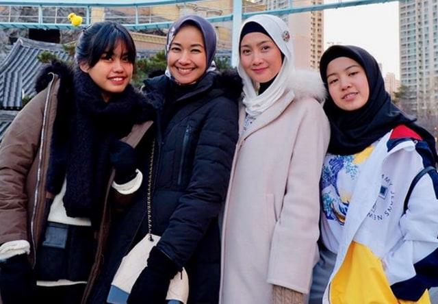 Bersahabat 20 Tahun dengan Desy Ratnasari, Alya Rohali: Enggak Pernah Berantem (7993)