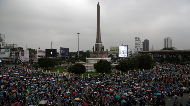 Thailand Tutup TV yang Kritis terhadap Pemerintah dan Kerajaan (373363)