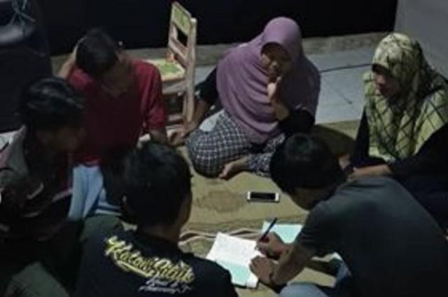 Pojok Pustaka, Taman Bacaan di Bawah Jembatan, Yogyakarta (74835)