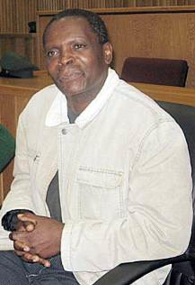 David Simelane, Pembunuh Berantai yang Mengumpulkan Seluruh Mayatnya di Hutan  (76441)