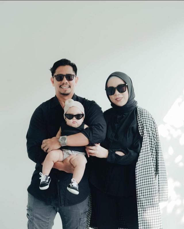 7 Potret Sada, Putri Fitri Tropica yang Selalu Terlihat Modis meski Masih Bayi (20229)