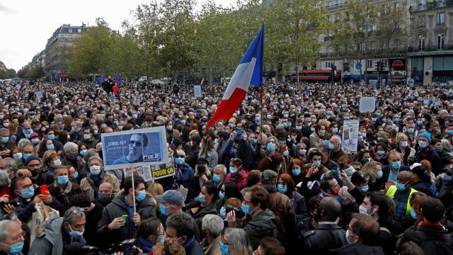 PM Prancis Ikut Aksi Solidaritas Terhadap Guru yang Dipenggal karena Kartun Nabi (125164)
