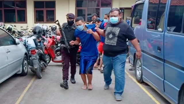 Tim Resmob Brebes Ringkus Kawanan Pembobol Minimarket  (458641)