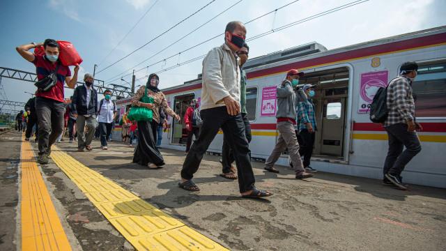 Stasiun Rangkasbitung Hanya Layani Pembayaran Nontunai Mulai 3 November 2020 (43464)