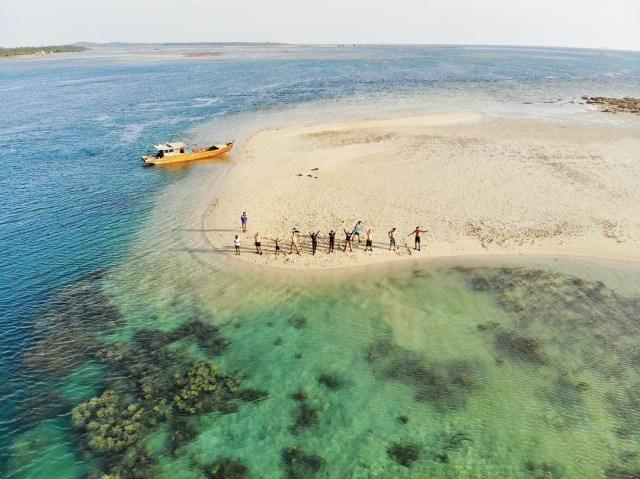 Yuk Intip Kemolekan Wisata Bahari Pulau Mapur Bintan (2)