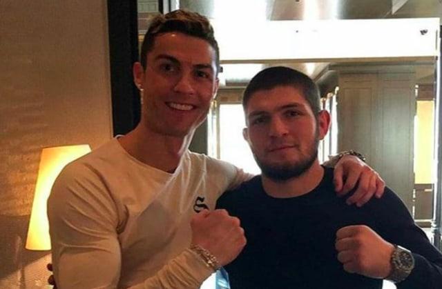 Cristiano Ronaldo Doakan Khabib Nurmagomedov yang Disebutnya 'Saudara' (554964)