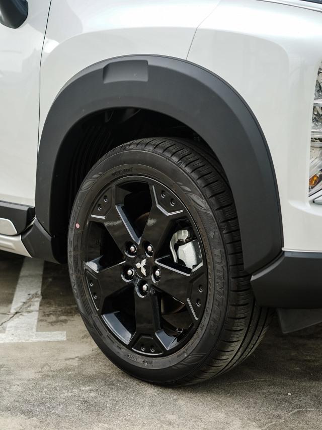 Foto: Lebih Dekat dengan Mitsubishi Xpander Cross Rockford Fosgate Black Edition (354400)