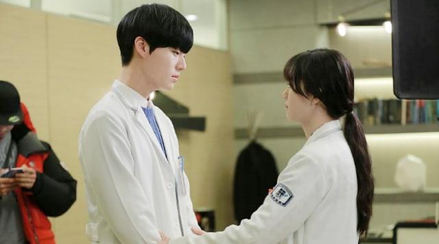 Go Hye Sun dan 3 Pria Tampan yang Dipasangkan dengannya dalam Drama Korea (385137)