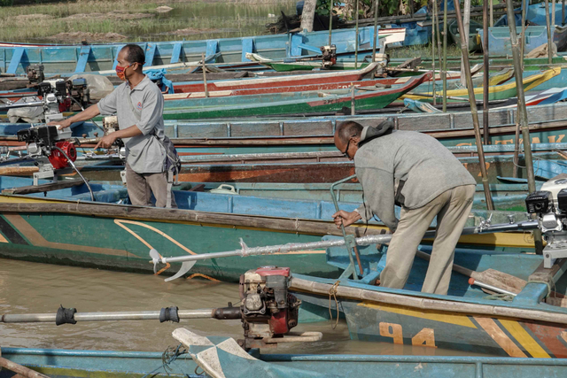 82 Persen Nelayan Tak Dapat Akses BBM Bersubsidi di Tengah Pandemi (412210)