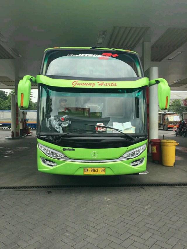 Warga Madura Kini Bisa Naik Bus PO Gunung Harta Bersasis Mercedes-Benz (39555)