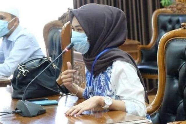 Pendidikan Rini Pratiwi, Anggota DPRD Tanjungpinang, Tersangka Pemalsuan Ijazah (358952)