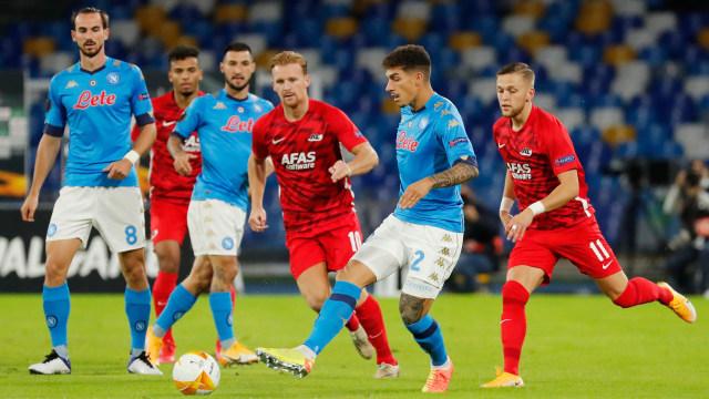 Ketika AZ Alkmaar Permalukan Napoli dengan 13 Pemain Absen karena Corona (26299)
