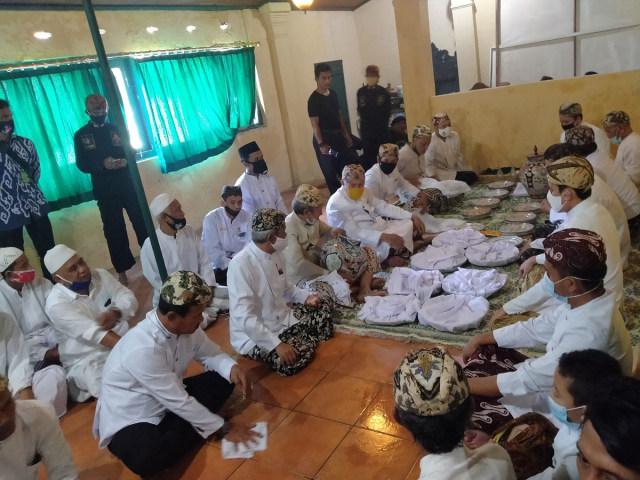 Tradisi Siraman Panjang di Keraton Kasepuhan Cirebon Digelar Terbatas (36263)
