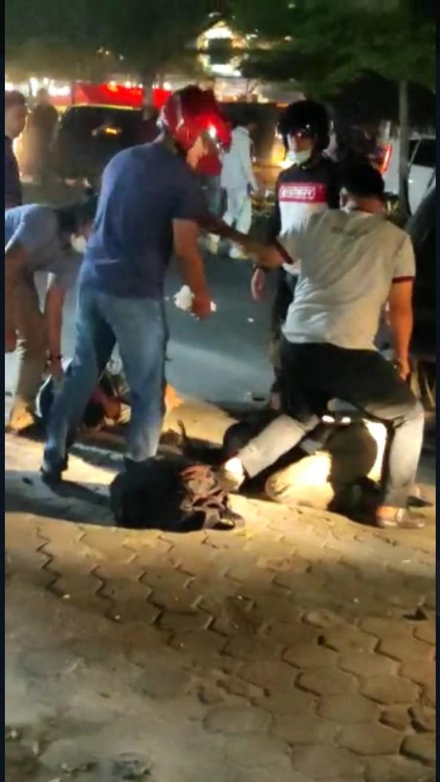 Kabur dari Kejaran Polda, Polisi di Riau Ditembak karena Bawa Sabu 16 Kg (90742)