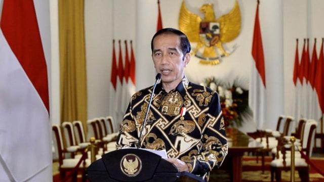 Jokowi Promosikan UU Cipta Kerja di KTT APEC: Perizinan hingga Pungli Dipangkas (161382)