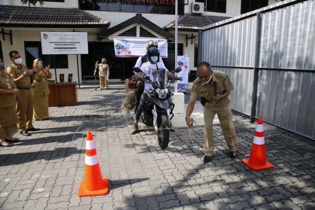 Lestarikan Wayang Suket, Pemuda Ini Touring ke-20 Kota Besar di Pulau Jawa   (66948)