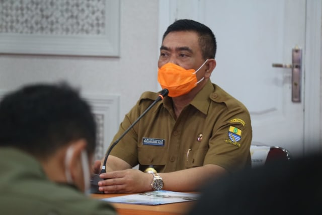 Pemkot Cirebon Cabut Aturan Pembatasan Aktivitas Ekonomi (68103)