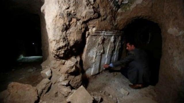Apa Isi Pesan di Bawah Makam Nabi Yunus yang Ditemukan Arkeolog di Irak? (261241)