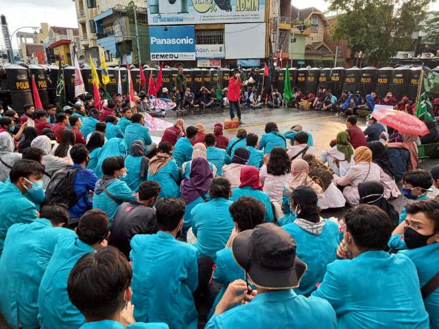 Dua Aksi Turun ke Jalan di Hari Sumpah Pemuda (390148)