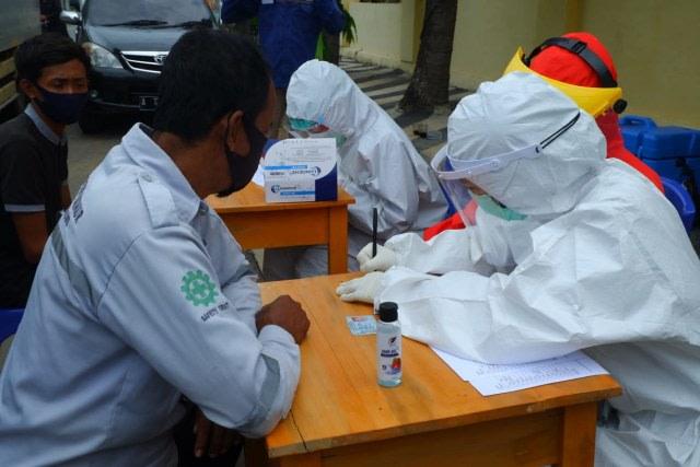 Rapid Test Hari Ketiga di Perbatasan Bandar Lampung, 30 Orang Reaktif (89566)