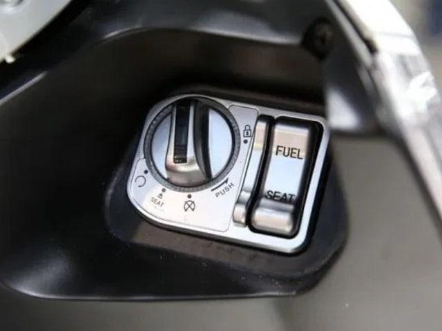 Menyoal Fitur Kunci Keyless Motor, Kebutuhan atau Sekadar Tren? (22873)