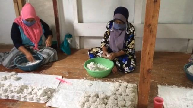 Cireng Krispy Nabilla,  UMKM yang Selamatkan Ekonomi Warga Desa Arjasari (112340)