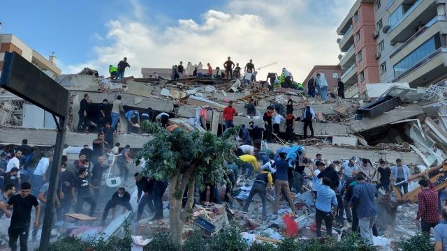 Turki Gempa 7 Magnitudo: Muncul Peringatan Tsunami, Air Laut Naik ke Pesisir (37165)