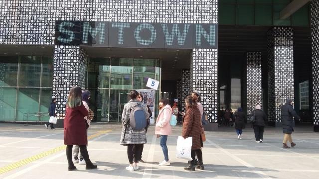 Kisah Hantu Temani Penyanyi Korea Selatan: Dari EXO Sampai IU  (12934)