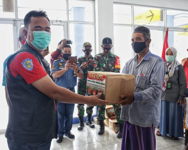 Komunitas Pajero Indonesia One dan TNI AD, Bangkitkan Kembali Wisata Karimunjawa (103364)