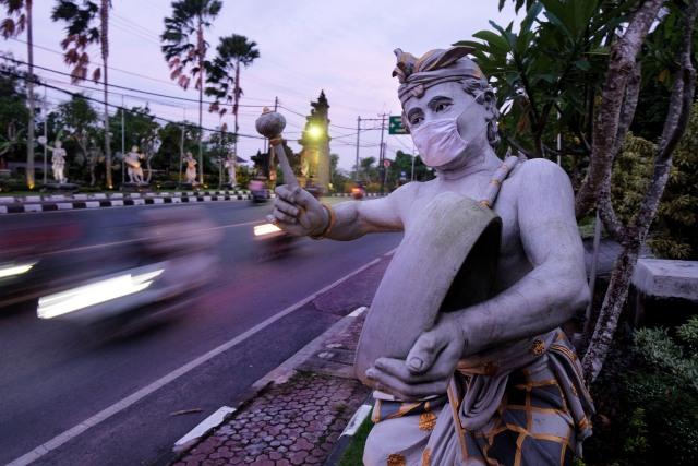Ada Corona Varian Inggris-Afsel, Bali Fokus Buka Pariwisata Internasional Juli (201255)