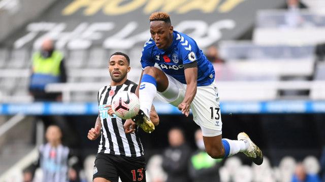 Everton Vs Mu Prediksi Skor Line Up Head To Head Dan Jadwal Tayang Kumparan Com
